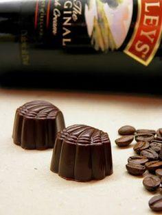 Csokoládé Reformer: Baileys-es kagylócskák Mousse, Baileys, Food And Drink, Xmas, Sweets, Candy, Homemade, Cookies, Recipes