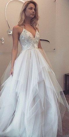 Spaghetti Straps V-neck Prom Dresses 2017 Sleeveless Appliques Tulle Cheap Evening Gowns #promdresses2017