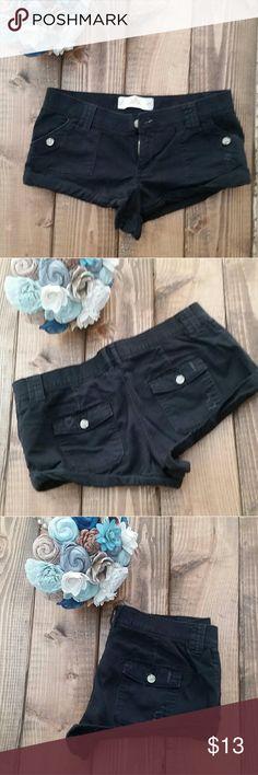 Hollister brand shorts Black comfy Hollister shorts Worn maybe twice Hollister Shorts Bermudas