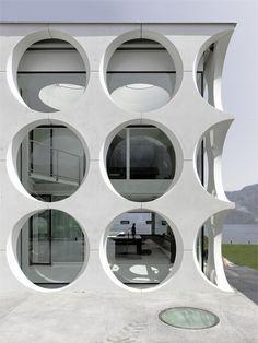 O House, Vierwaldstättersee, 2003