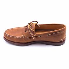 Sperry Sperry - Gold 1-Eye Tan Gum Shoes: The Gold A/O 1-Eye boat shoe from Sperry Top-Sider® has a classic silhouette.  Genuine handsewn tru, moc construction, rich leather upper, 360° lacing system with rustproof eyelets, rawhide laces.
