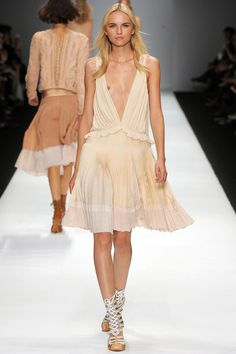 Vanessa Bruno | Spring 2013 Ready-to-Wear Collection | Style.com