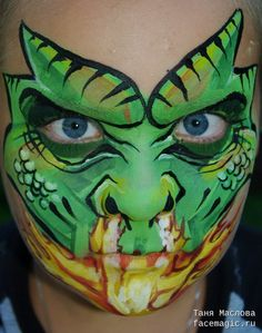 Green dragon. Face paint by Tanya Maslova.