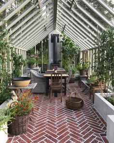Amazing conservatory greenhouse ideas for indoor-outdoor bliss - 🍀Andrea L.🐾 - Amazing conservatory greenhouse ideas for indoor-outdoor bliss Amazing conservatory greenhouse ideas for indoor-outdoor bliss -