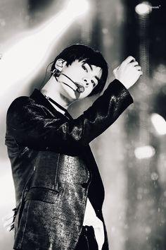 Black&white Jin
