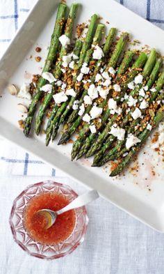 Paahdettua pistaasi-parsaa ja fetaa | Maku