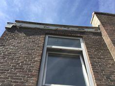 Plastic windows, rotten roofrims