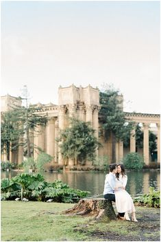 Palace of Fine Arts- San Francisco Engagement by Winnie Dora Photography
