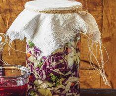 Fermentovaná zelenina | Recepty Albert Kimchi, Pickles, Mason Jars, Vegetables, Mason Jar, Vegetable Recipes, Pickle, Veggies, Pickling