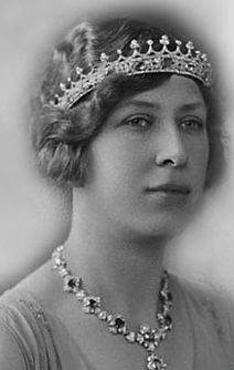 Princess Royal and Countess of Harewood.Princess Mary received the tiara from her father King George V as a wedding present.Queen Alexandra and Mary didn't use the sapphire coronet. Princess Royal wore it on numerous public occasions and after her death it disappeared.When Geoffrey Munn was assembling the tiaras for the loan exhibition in aid in London in 1997,he wrote to the Countess of Harewood to inquire if any tiaras which had been the property of the late Princess Royal.