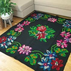 Flower Embroidery Designs, Ribbon Embroidery, Cross Stitch Rose, Wool Carpet, Eclectic Decor, Bed Covers, Vintage Rugs, Contemporary Design, Hand Weaving