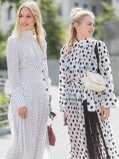 Meet the dress every single cool girl is wearing this summer Emma Roberts Style, Cool Blonde Hair, Summer Trends, Who What Wear, London Fashion, Girl Fashion, Style Fashion, Cool Girl, Fashion Brands