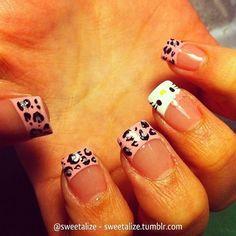 Leopard & Hello Kitty Nails