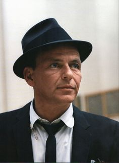Everybody Loves Somebody — Frank Sinatra