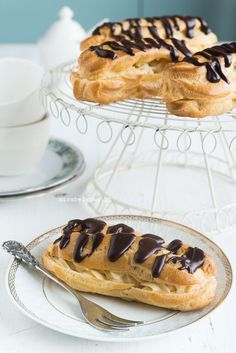 Mirabelkowy blog: Eklerki z kremem budyniowym Pudding, Sweet Cakes, Something Sweet, Cake Cookies, Donuts, Food And Drink, Baking, Eat, Breakfast