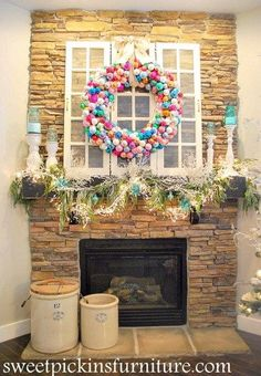 I know that ornament wreaths are nothing new. I remember when i first saw one about 3 years ago (i cant remember the 1st one i saw) – i knew that i had to have one. SO, i stockpiled ornamen…