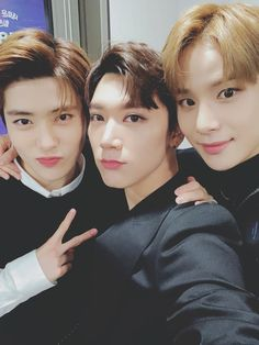 Image discovered by versachae. Find images and videos about kpop, nct and lq on We Heart It - the app to get lost in what you love. Nct 127 Members, Nct Dream Members, Jaehyun, K Pop, Park Ji-sung, Nct Ten, Johnny Seo, I Luv U, Na Jaemin