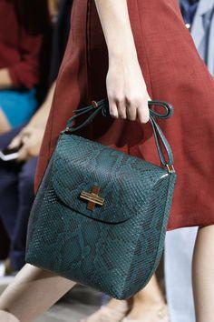 106 лучших сумок Недели моды в Нью-Йорке | Мода | VOGUE
