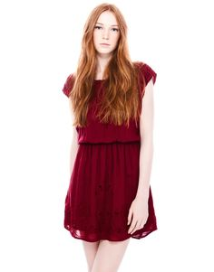 Cute burgundy embroidered dress from pull & bear. Absolutely brighten up my skin Pull & Bear, Summer Outfits, Summer Dresses, Girly, Spring Summer, Wedding Dresses, My Style, Hair Styles, How To Wear