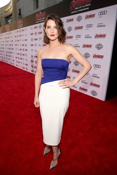 Cobie Smulders Photos - World Premiere of Marvel's 'Avengers: Age Of Ultron' - Red Carpet - Zimbio