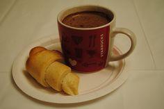 Saint Pierre and Miquelon: Croissants et Chocolat Chaud