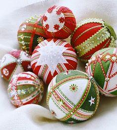 19a52031071 bolas de icopor navideños - Buscar con Google Navidad Hecha En Casa
