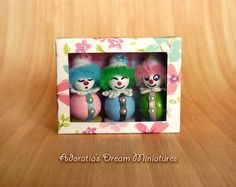 Miniature toys 1:12 scale. Dollhouse miniature clowns in box 12th. Miniature fully artisan. Ooak tiny doll