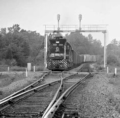 Parker Lamb Collection: Group Three – Center for Railroad Photography & Art Railroad Photography, Art Photography, Railroad Pictures, Railroad History, Southern Railways, Bonde, Norfolk Southern, Train Art, Train Engines