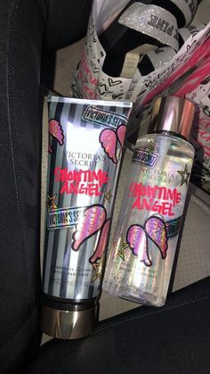 Image about prinxessvibess in perfume, lotions, face, body and sanitizer 💎 by ✷ ♡ 𝒮𝒶𝓂 ♡ ✷ Victoria Secret Fragrances, Victoria Secret Perfume, Tips And Tricks, Parfum Victoria's Secret, Victoria Secret Body Spray, Fragrance Mist, Body Mist, Smell Good, Makeup Ideas