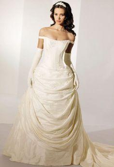 krémové svatební šaty - Hledat Googlem Svatební Šaty e753690fa6