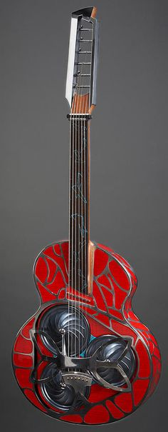 alquier luthier maker electric and acoustic guitars - the Papaleocada Lapsteel tricone made in Perpignan, France