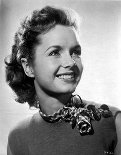 Debbie Reynolds Portrait wearing Blouse with Scarf Premium Art Print – Movie Star News