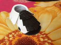 Sandals moccs $23 shipping support PayPal