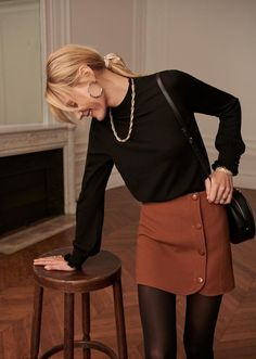 Outfits * 38 Awesome Winter Skirt Outfit Ideas That Keeps You Warm - Outfit Invernali Winter Outfits For Teen Girls, Fall Outfits, Casual Outfits, Fashion Outfits, Fashion Hacks, Dress Casual, Fashion Ideas, Tights Outfit Winter, Black Tights Outfit