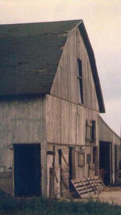 Barn & Old Gate