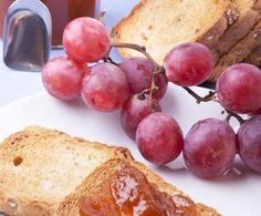Una conserva tipicamente autunnale, nonché un nuovo modo di gustare l'uva…chi l'ha detto che l'unica cosa buona che si fa con l'uva è il vino?!