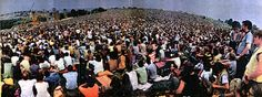 Rock - This is how it felt to be in the Woodstock at noon. I Woodstock part 3 1969 Woodstock, Woodstock Festival, Woodstock Music, Festival Posters, Concert Posters, Woodstock Pictures, Going Up The Country, Joan Baez, Joe Cocker