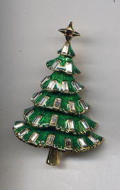 Hobe Green Clear Rhinestone Christmas Tree Pin