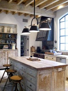 Rustic wood Kitchen Cabinetry + industrial Chic Kitchen. Murphy Mears Architects   Eleanor Cummings Interior Design