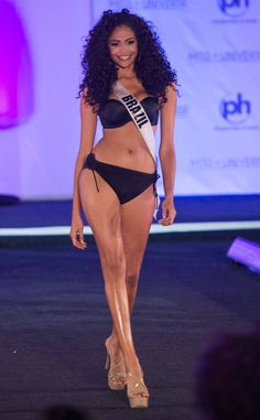 Miss USA from Miss Universe 2017 Swimsuit Competition Miss Universe Swimsuit, Pageant Swimwear, Swimsuit Competition, Planet Hollywood, Miss Usa, Beauty Pageant, Swimsuits, Bikinis, Sexy