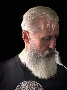 Beard And Mustache Styles, Beard No Mustache, Hair And Beard Styles, Man Cut, Nice Beard, Beard Images, Handlebar Mustache, Hipster Beard, Grey Beards