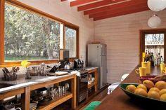 Seis propuestas que apuestan a la nobleza de la madera como recurso estético y práctico