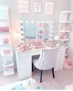 pink room decor for kids . Teen Bedroom Designs, Bedroom Decor For Teen Girls, Room Ideas Bedroom, Teen Room Decor, Cute Room Ideas, Cute Room Decor, Makeup Room Decor, Makeup Rooms, Study Room Decor