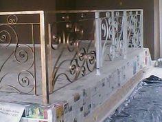 grades de ferro em arabesco - Google Search Railings, Exterior, Future, The Originals, Home Decor, Welding, Cast Iron, Rustic Interiors, Facades