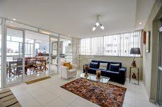 Gostaria de morar em uma Cobertura Duplex com duas vagas de garagem num condomínio pequeno em localização privilegiada???