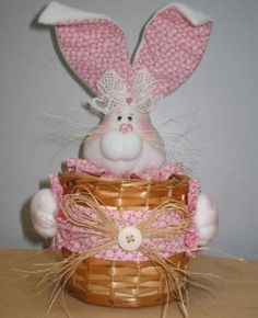 Arts And Crafts, Diy Crafts, Baby Toys, Origami, Projects To Try, Bunny, Lily, Baby Shower, Christmas Ornaments