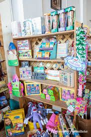 Books, toys, activities... Your little one is sure to find something they love here!