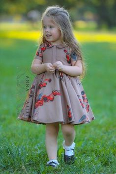 little black gown Robes from girls's beloved bits of attire could also be the primary factor to a singular equilibrium … Girls Frock Design, Kids Frocks Design, Baby Frocks Designs, Baby Dress Design, Cute Little Girl Dresses, Baby Girl Party Dresses, Dresses Kids Girl, Little Girl Outfits, Kids Dress Wear