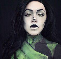 Villain Series Grunge Shego from Kim Possible  #shego #kimpossible #sfxmakeup #creativemakeup #makeup #mua #makeupartist #design #art #mehron #disney #cosmetics #villain #cosmetology #popart #photography #cosplay #shegocosplay #sfxbodypaint #cospaint #bodyart #bodypaint #sfx #fanart #cartoon #sfxmakeupartist #disneycosplay