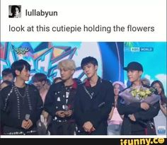 Please, give Lay all the flowers! And the baek x Kai moment